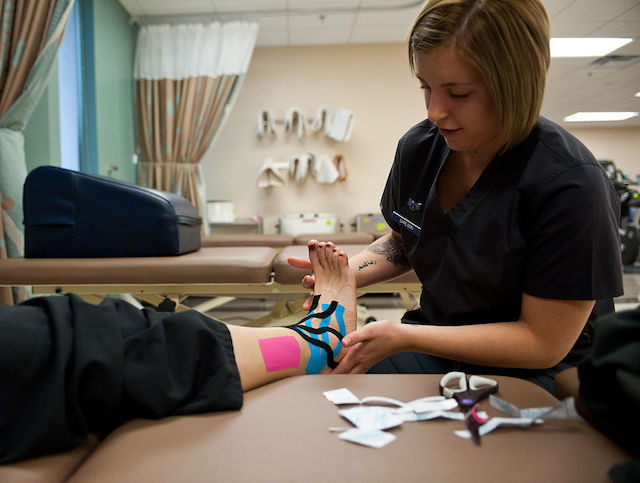 Formation en bandage adhésif thérapeutique (Taping)