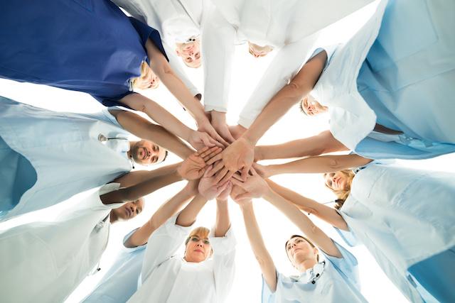 Soins aux Professionnels en Santé: l'association à votre écoute
